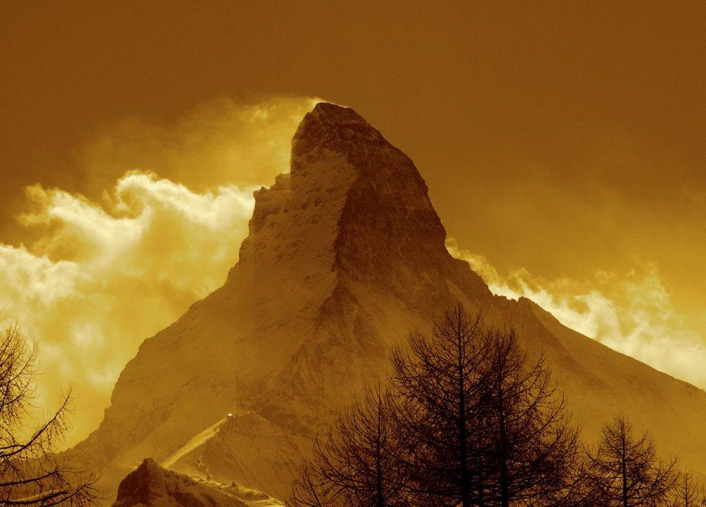 CERVINIA - Domani si scia dalle 5 del mattino